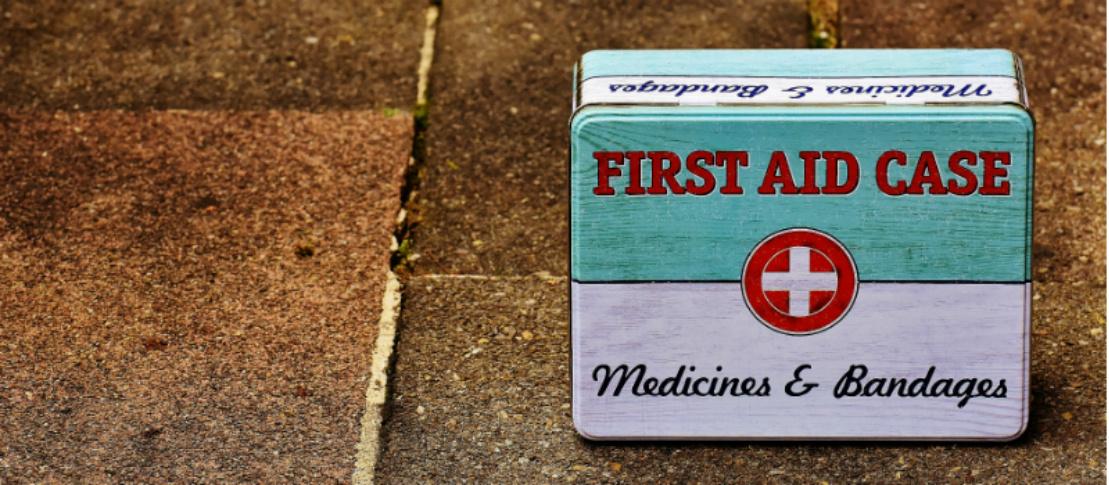 Dyrlæge | Solrød Dyreklinik | Førstehjælps kasse